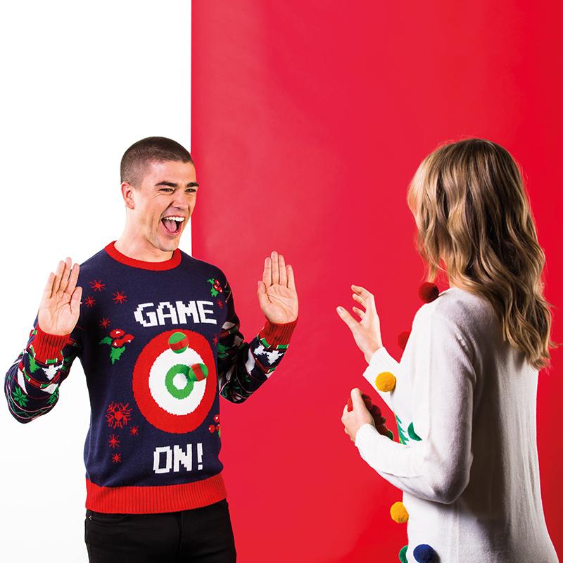 Gaming Kersttrui.Foute Kersttrui Heren Met Spel Game On Inclusief 6 Ballen